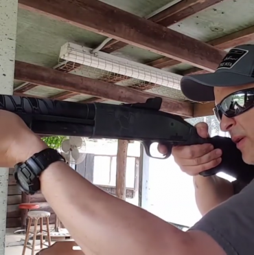 SundayGunday – Shooting the Mossberg 590 A1